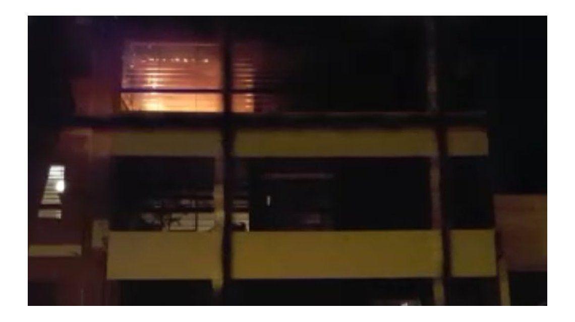 Incendio en un departamento de Belgrano. Una mujero murió calcinada. Gentileza: @mechi_mora