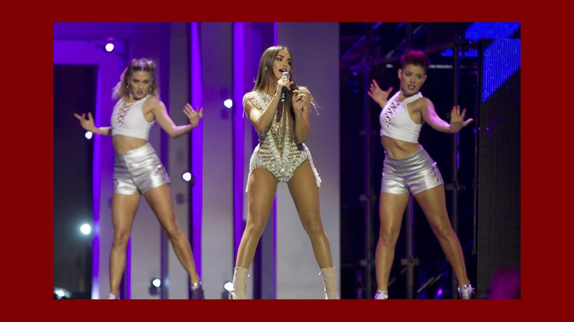 Lali Espósito brilló en los MTV Miaw 2017