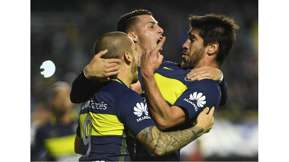 Pérez y Pavón celebran con Benedetto