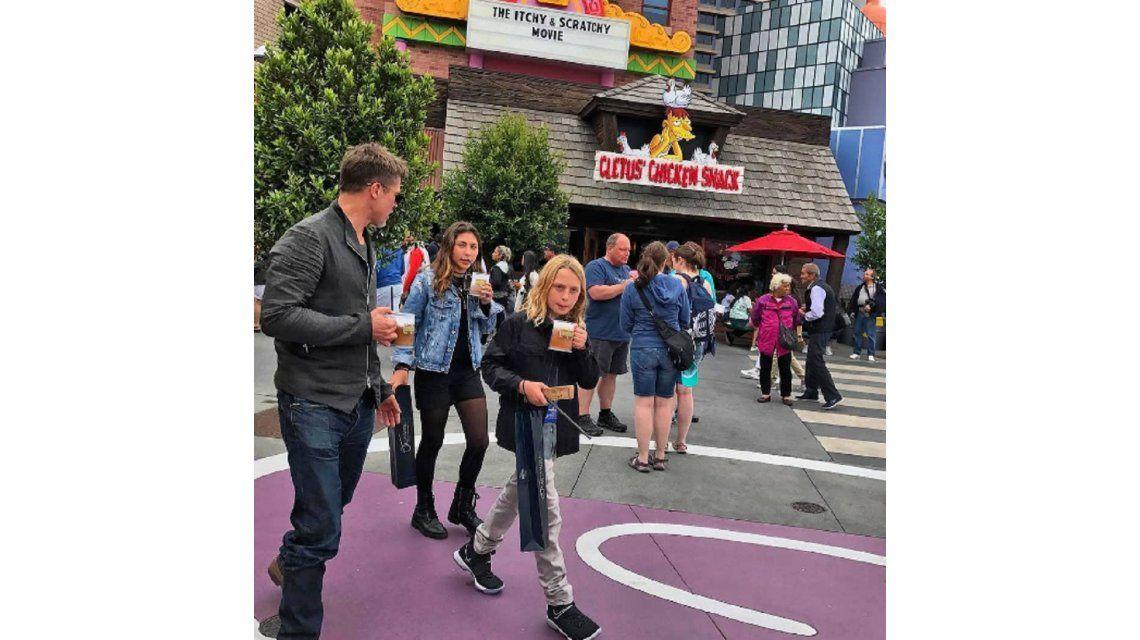 Brad Pitt y los hijos de Chris Cornell
