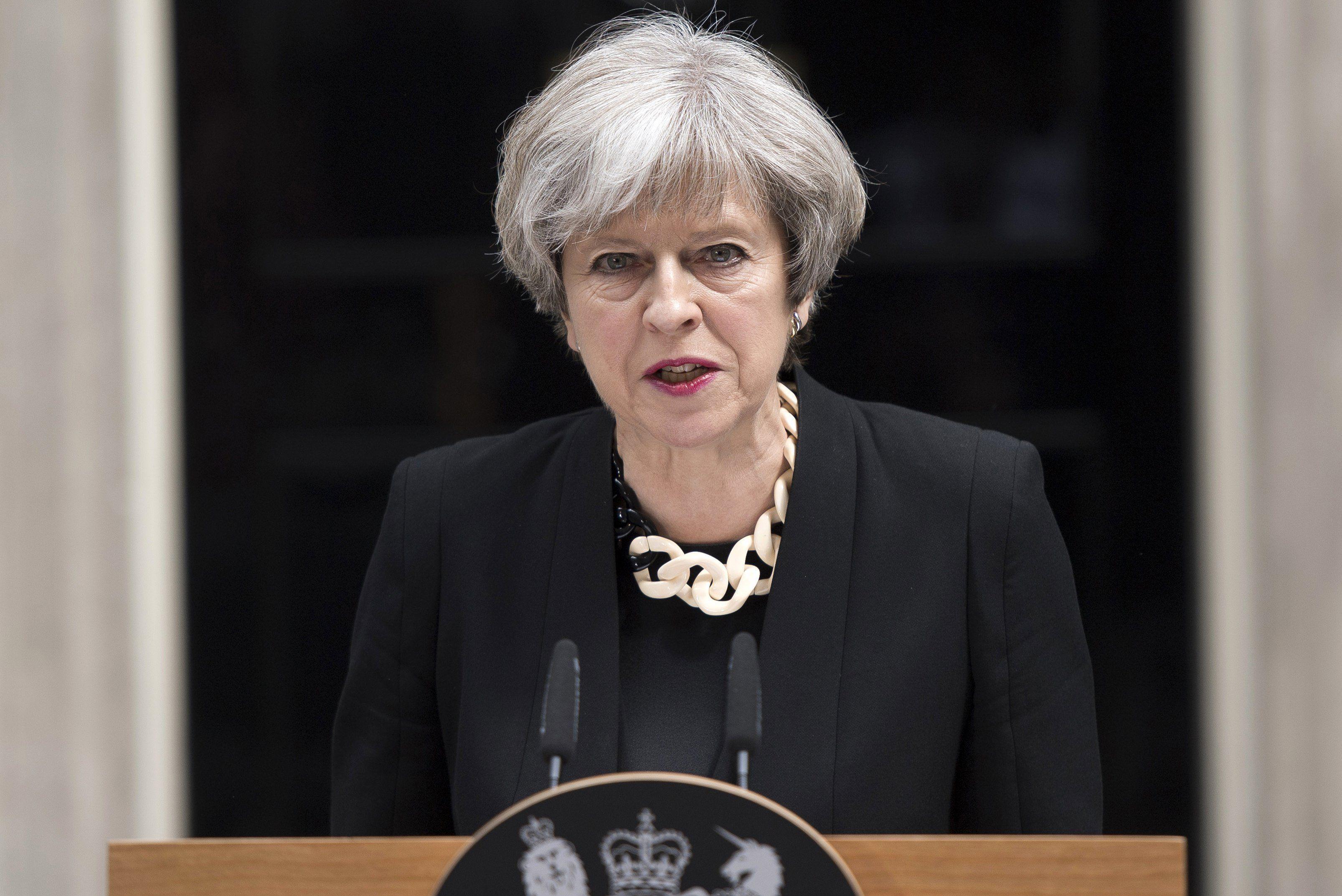 Theresa May habló de reforzar leyes antiterroristas