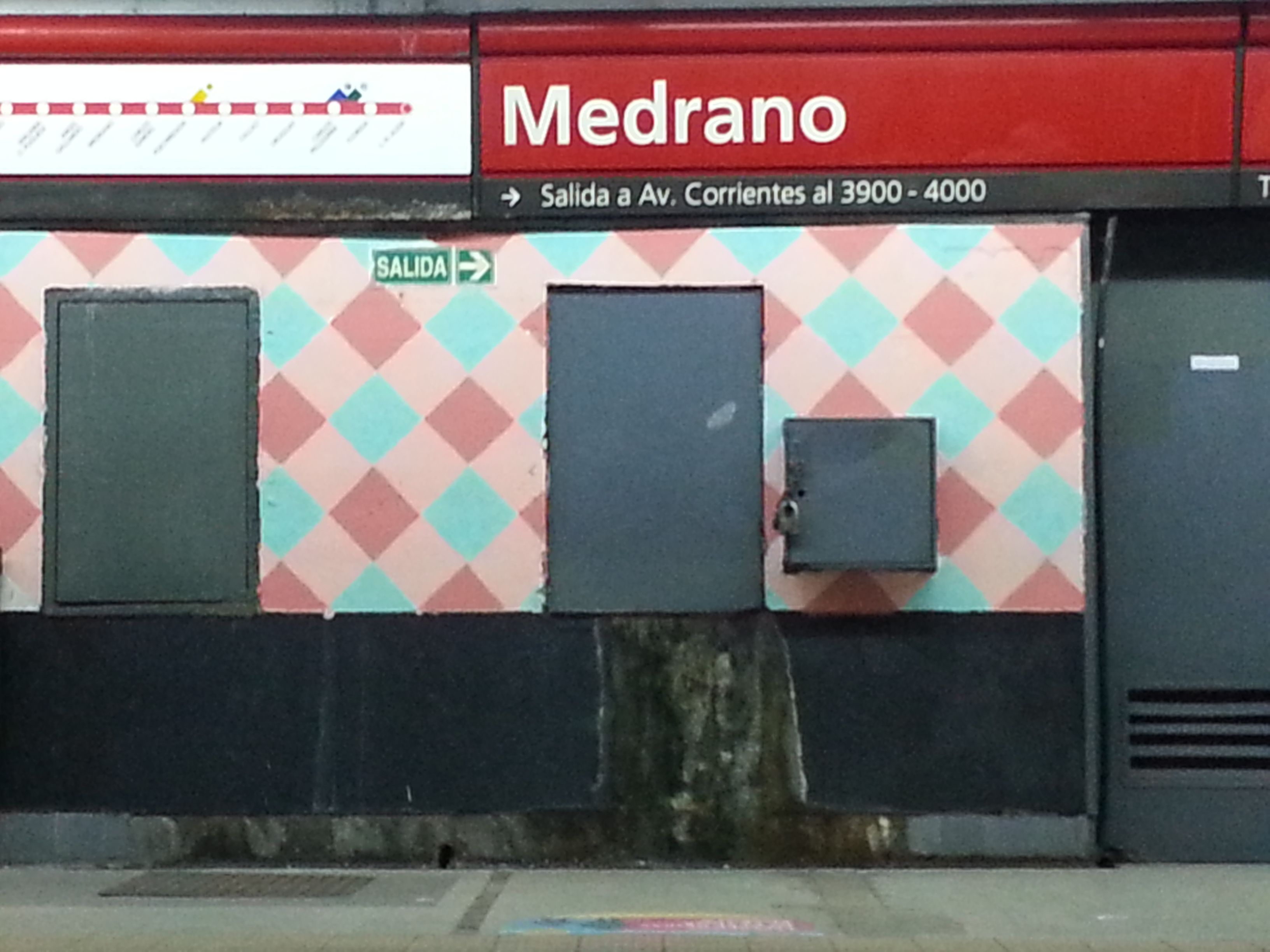 La estación Medrano de la línea B del Subte se llama ahora Medrano-Almagro