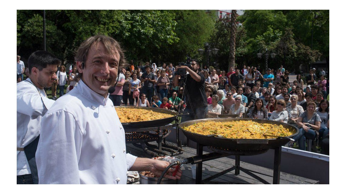 El chef español seguirá dando clases de cocina