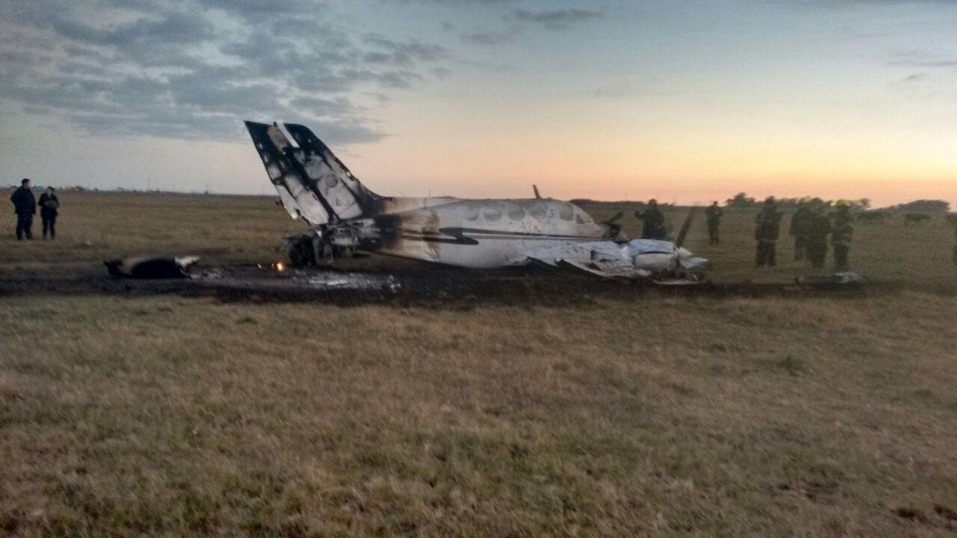 Cayó una avioneta de la Policía Federal