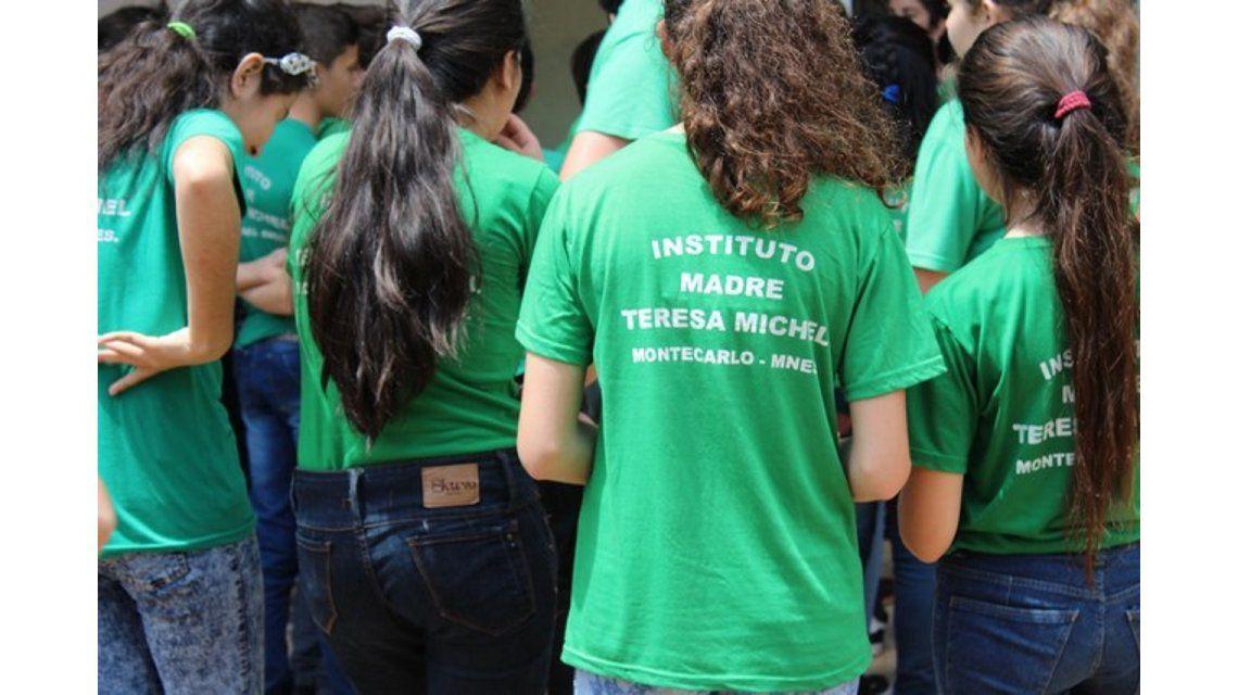 Polémica en un colegio de Misiones: pusieron cámaras y micrófonos en las aulas
