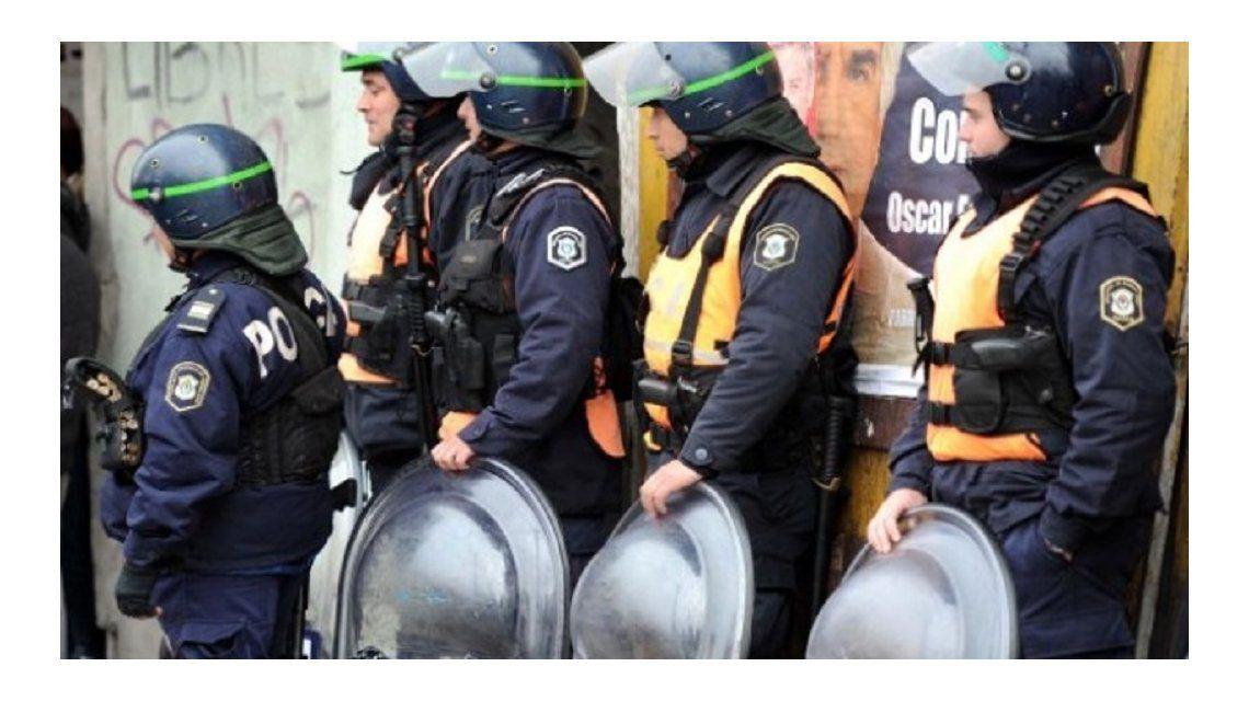 La Provincia envía 1000 efectivos de Infantería y Caballería al Conurbano