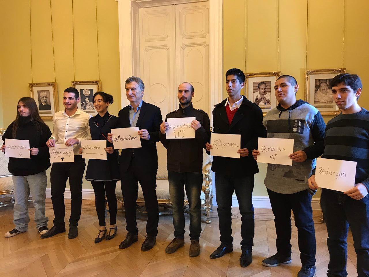 Macri recibió a usuarios de Taringa! en Casa Rosada