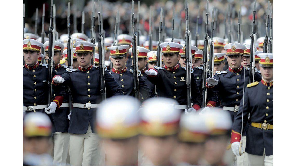 El desfile militar por el 25 de Mayo