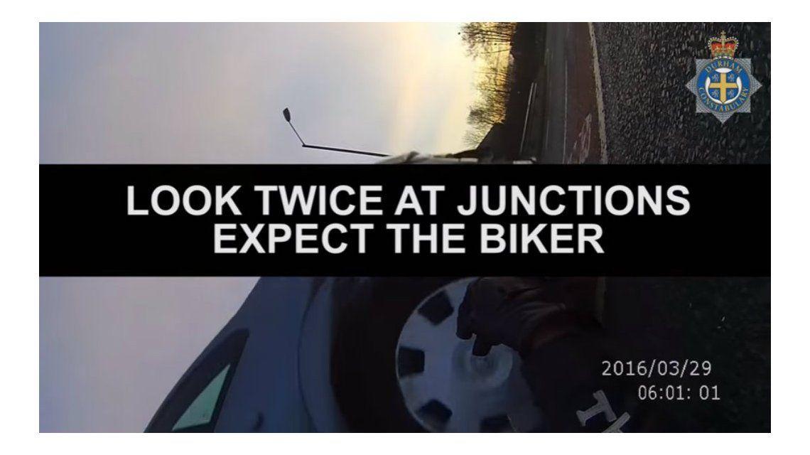 La novia del motociclista compartió el video para educar al público