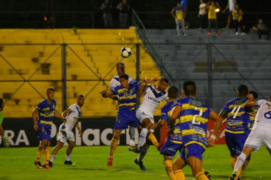 Vélez le ganó a Leandro N. Alem por la mínima diferencia