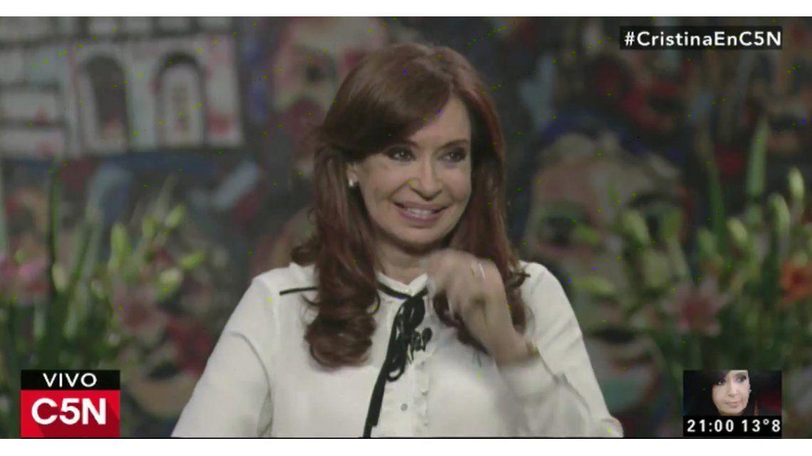 Cristina Kirchner durante la entrevista a C5N en el Instituto Patria
