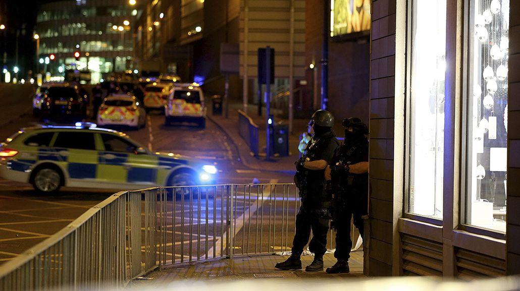 La policía rodeó la zona del estadio
