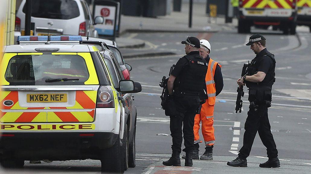 Al menos 22 personas murieron en el atentado