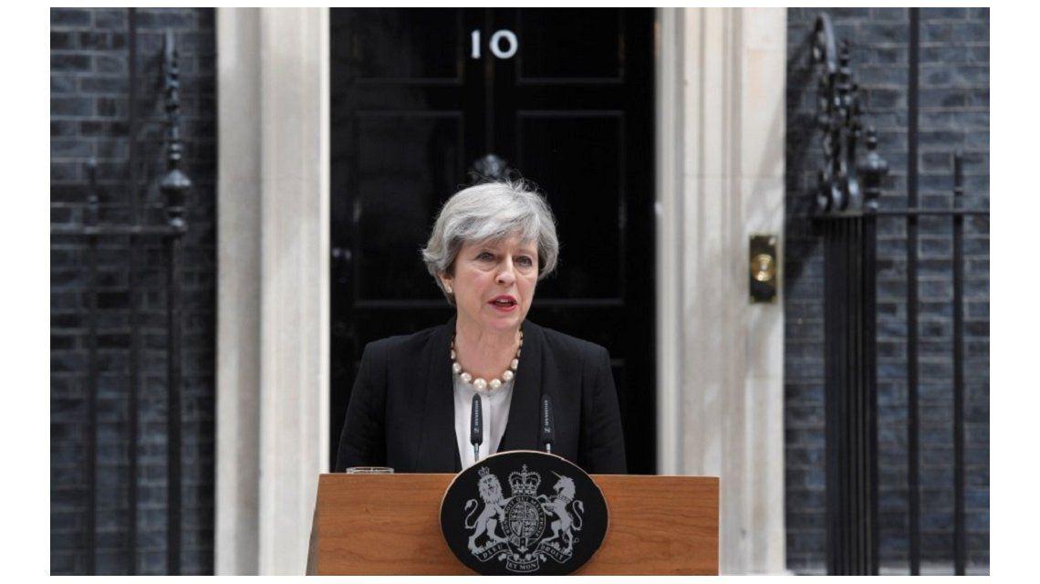 Theresa May: La policía cree haber identificado al autor del atentado en Manchester