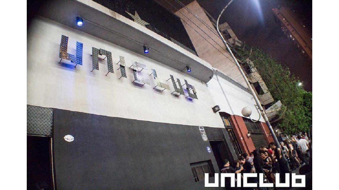 La fachada del boliche Uniclub donde ocurrió la supuesta agresión