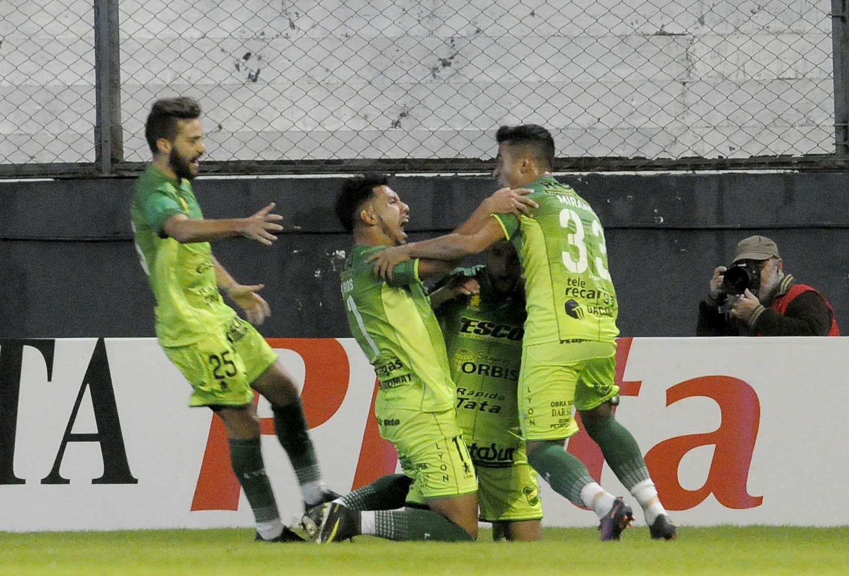 La celebración de los de Varela tras la apertura del marcador