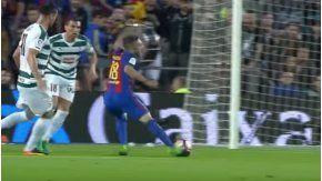 La estrepitosa caída del lateral que el árbitro compró