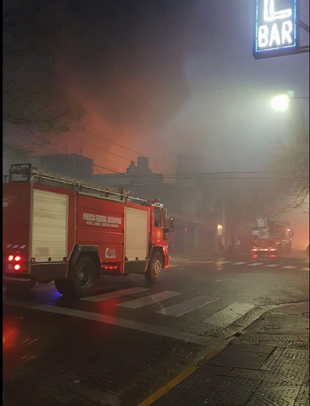 Se incendia La Saladita de Avenida Brasil y Salta