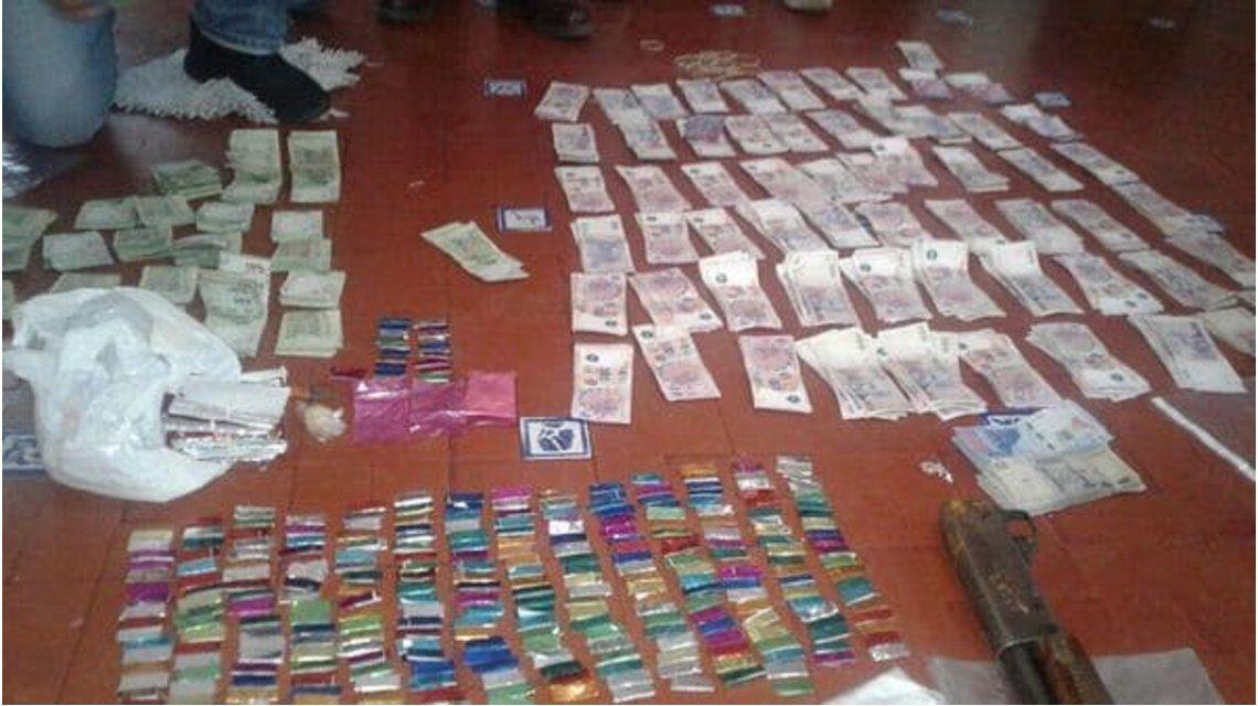 10 policías desafectados y 7 detenidos por trata y apoyo a narcos