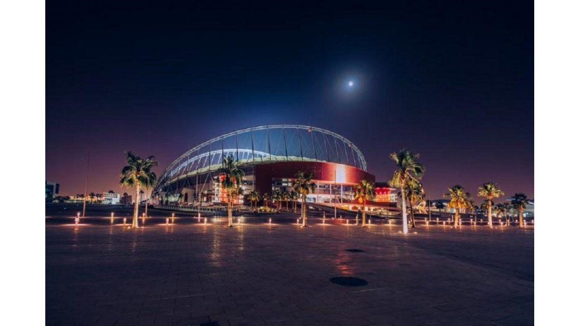 Qatar estrenó un mega estadio con aire acondicionado para el Mundial 2022