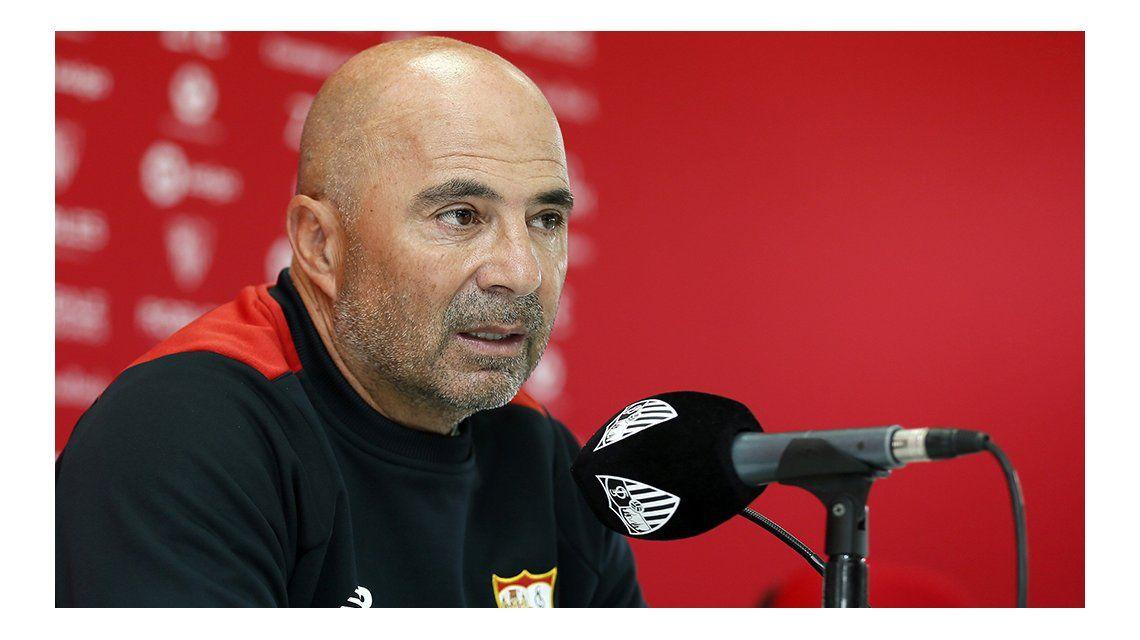 Sampaoli dará la lista de convocados para su primera gira si lo autoriza el Sevilla