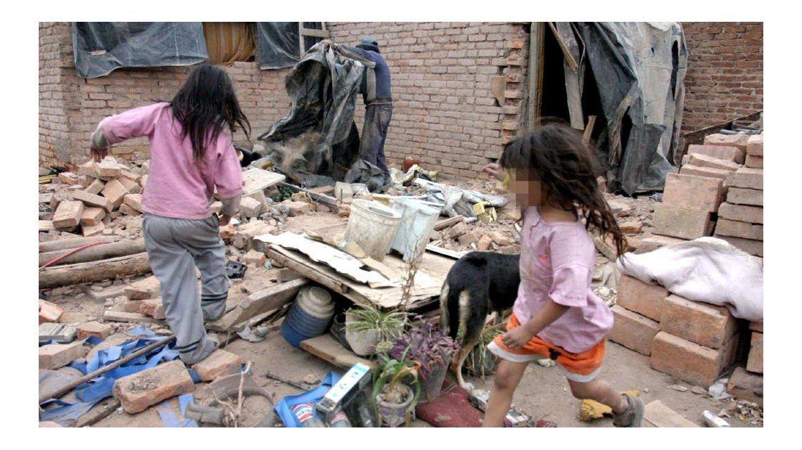 En abril, una familia tipo porteña necesitó casi $15 mil para no ser pobre