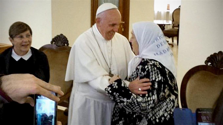 Hebe difundió una carta que le envió el papa Francisco