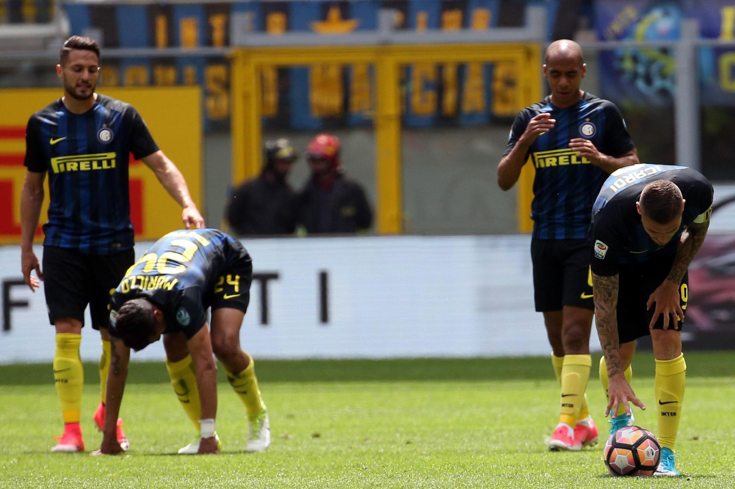 La decepción de los jugadores de Inter tras la caída ante Sassuolo