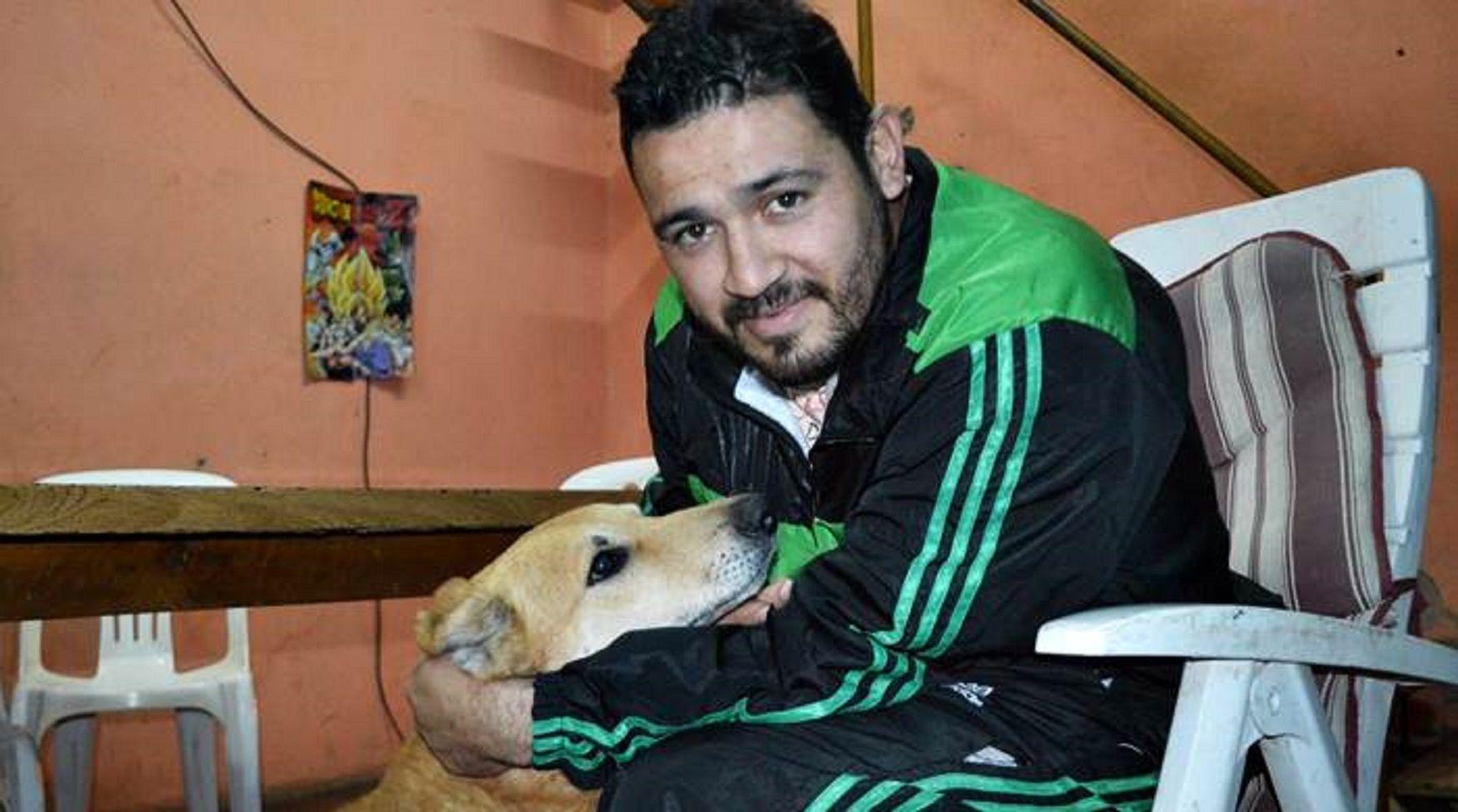 Jesús Hueche y su perro
