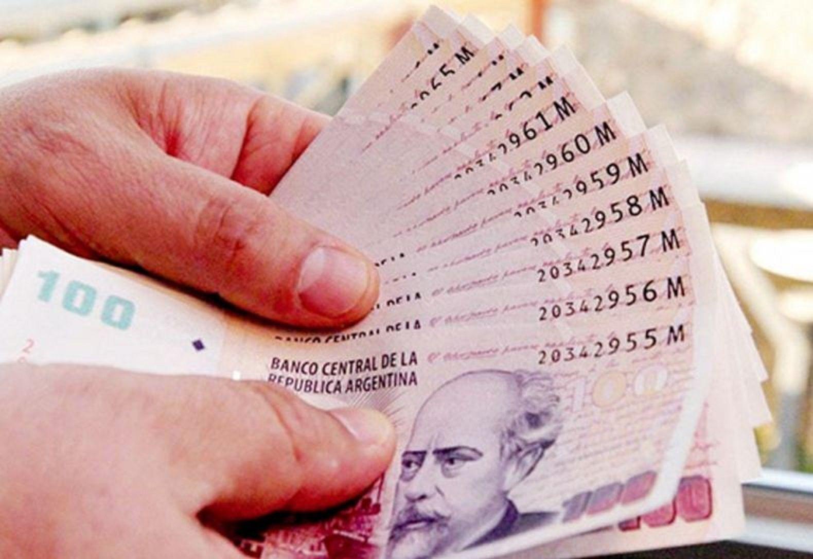 Sindicalistas piden hasta $ 22.000 de salario mínimo