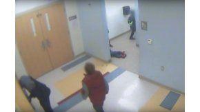 Revelan el video de la golpiza a un nene que después se suicidó