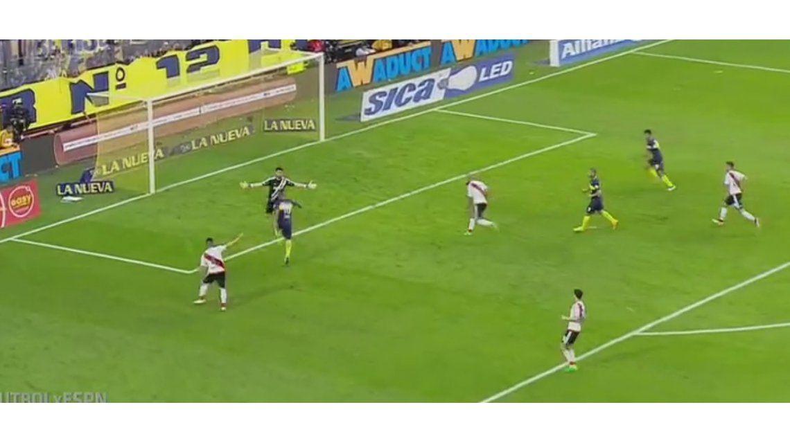 La jugada que hizo enfurecer a los jugadores de Boca