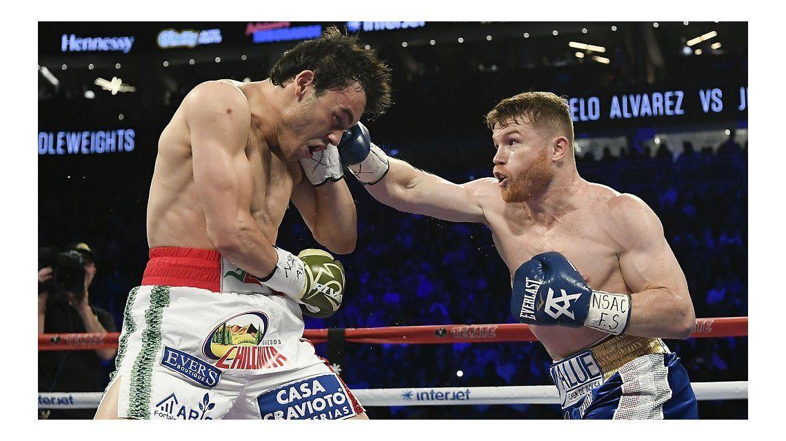 Apuntan a un masaje por la derrota de Chávez Jr ante Canelo - Crédito:marca.com