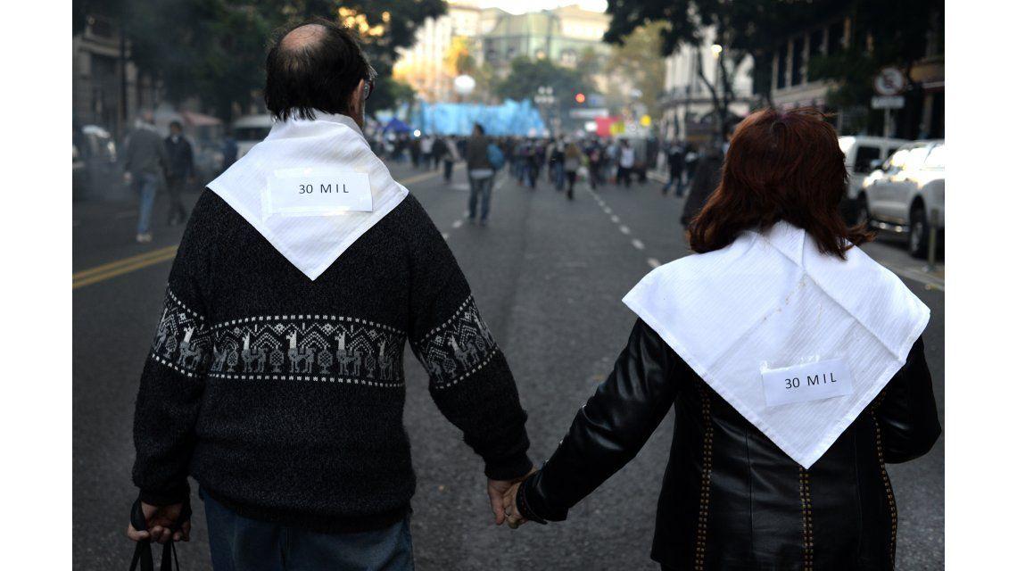 Masiva marcha a Plaza de Mayo