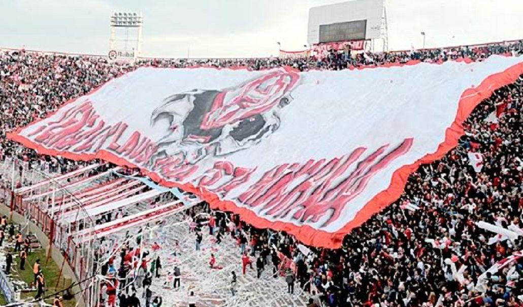 Los hinchas del Globo esperan su partido más importante
