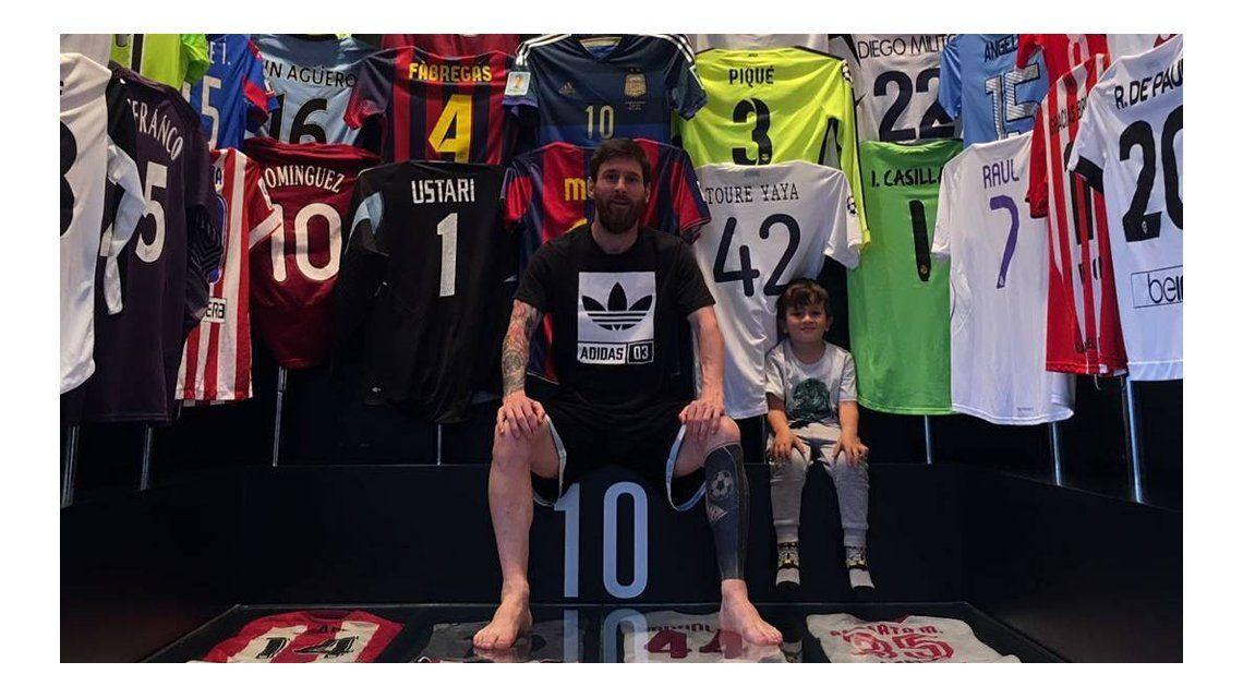 La reacción de un futbolista danés que aparece en el museo de Messi