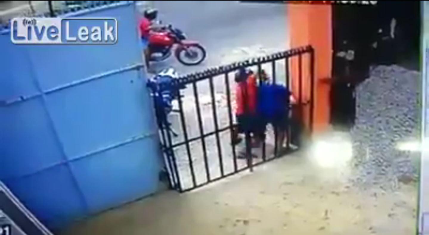 Matan de un disparo en el cuello a un militar de civil