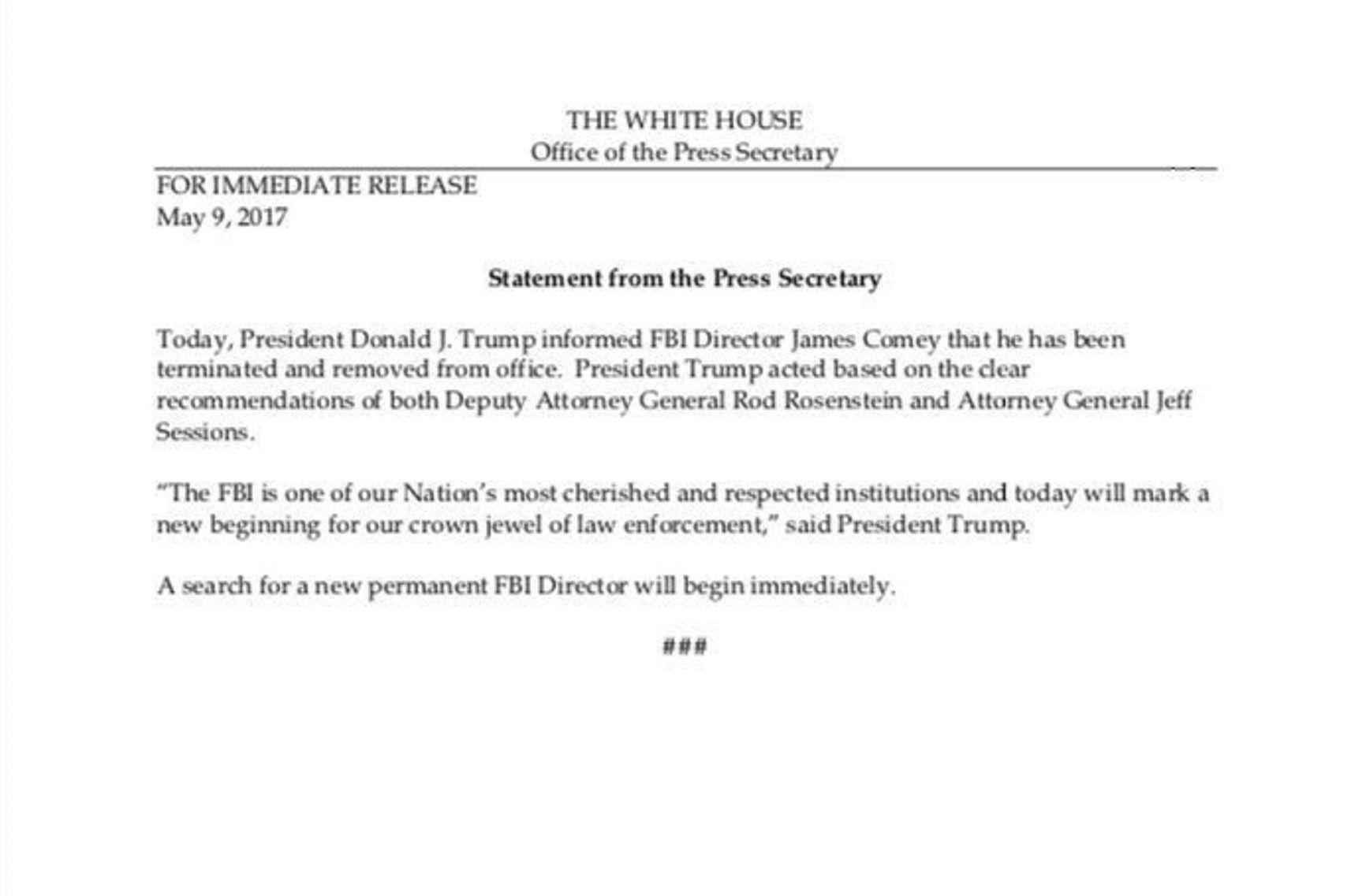Donald Trump echó a James Comey