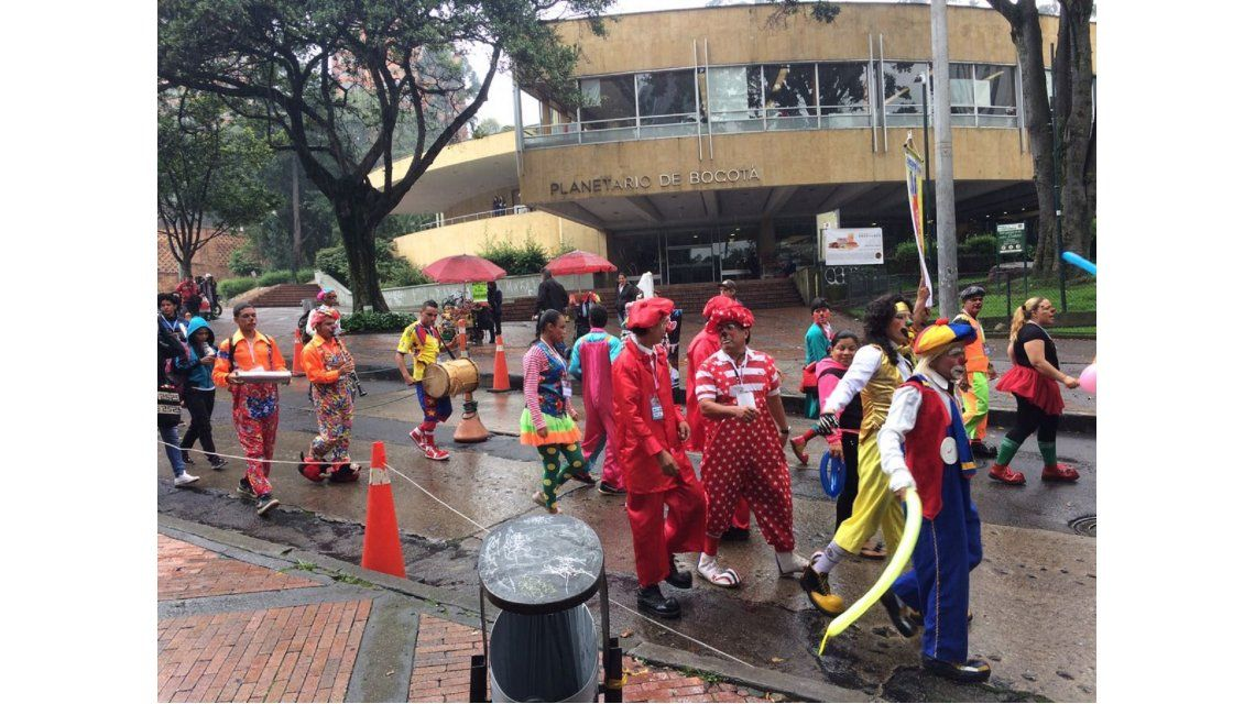 Payasos en Colombia realizaron una protesta en defensa de su trabajo