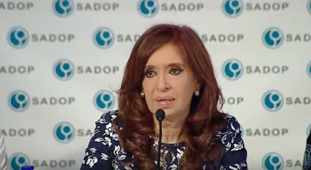 Cristina Kirchner negó que sea propietaria del hotel Waldorf