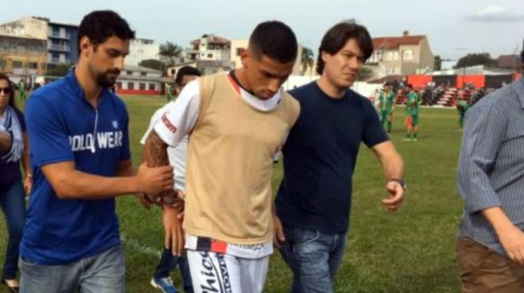 De Lima Alexandre fue detenido en pleno partido