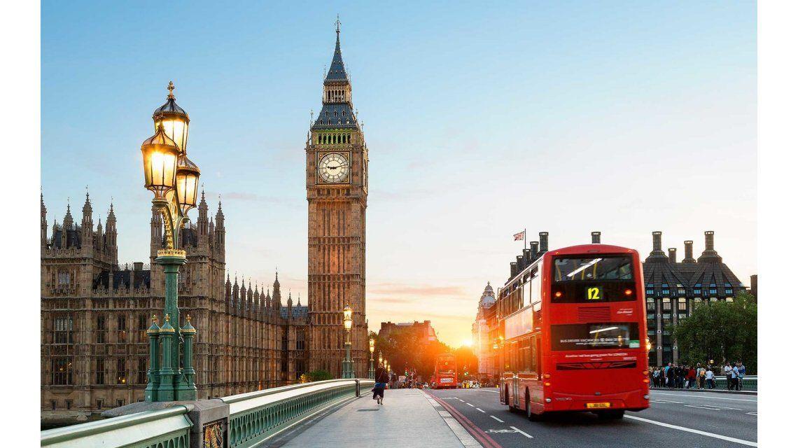 Todo listo para caminar sin parar todo un día por Londres