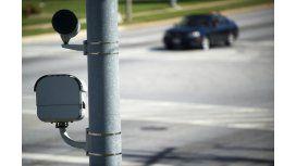Instalarían cámaras de fotomultas que ven adentro de los autos