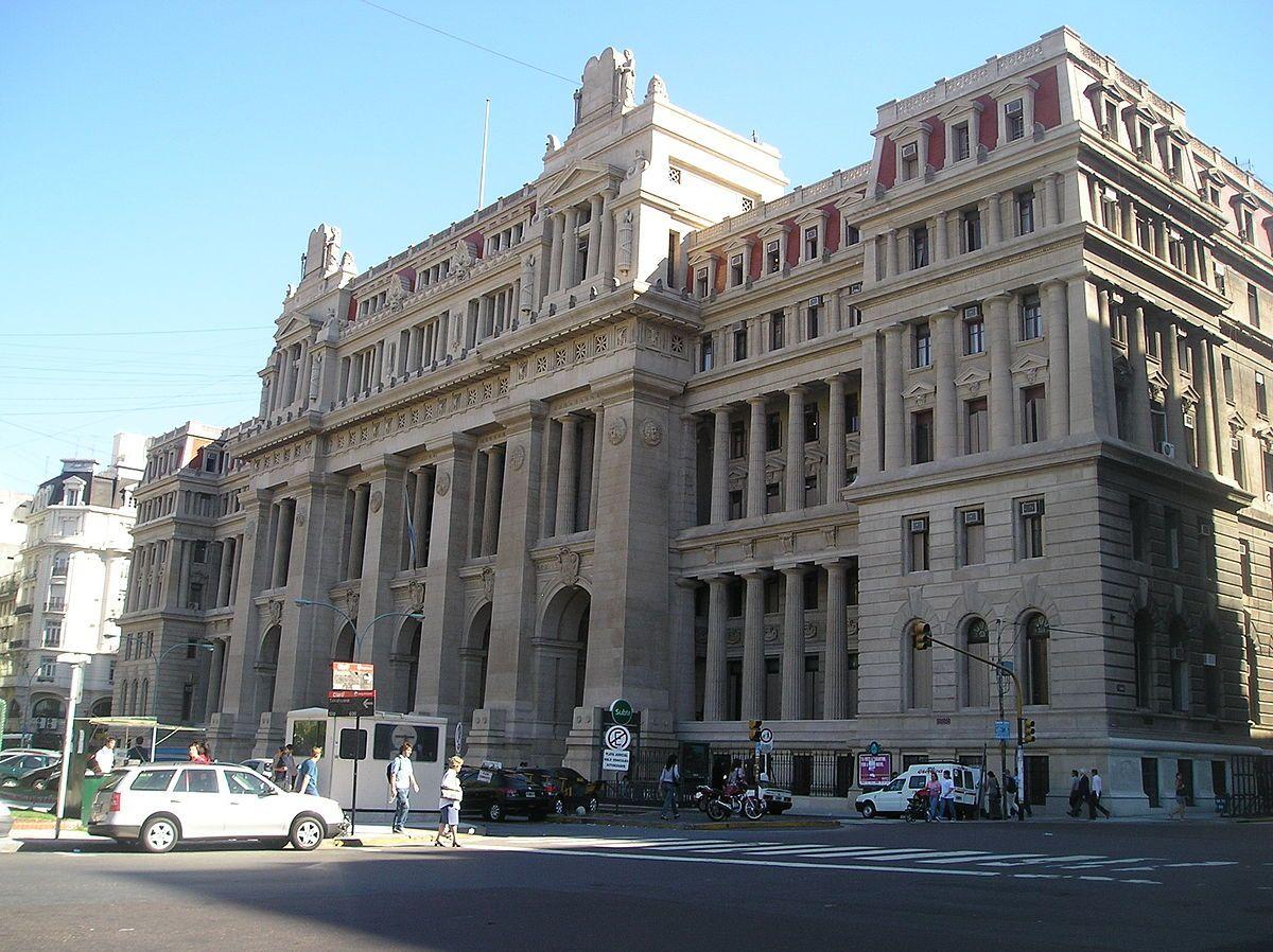 Convocan a una marcha frente al Palacio de Justicia por el 2x1 a represores