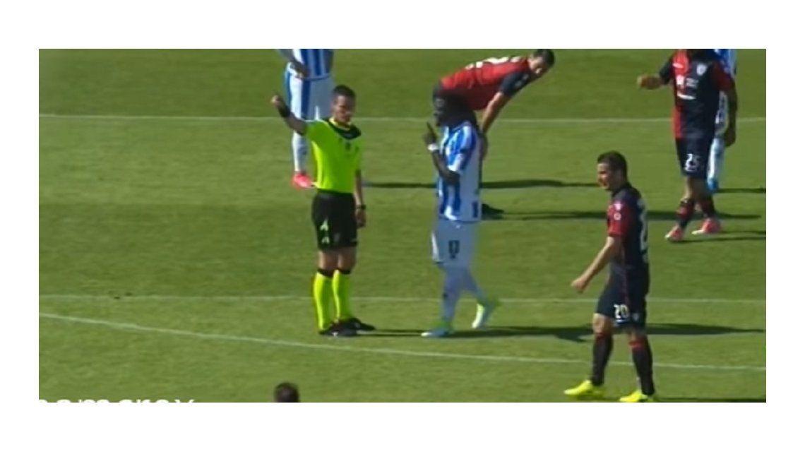 El árbitro ignoró el pedido de Muntari