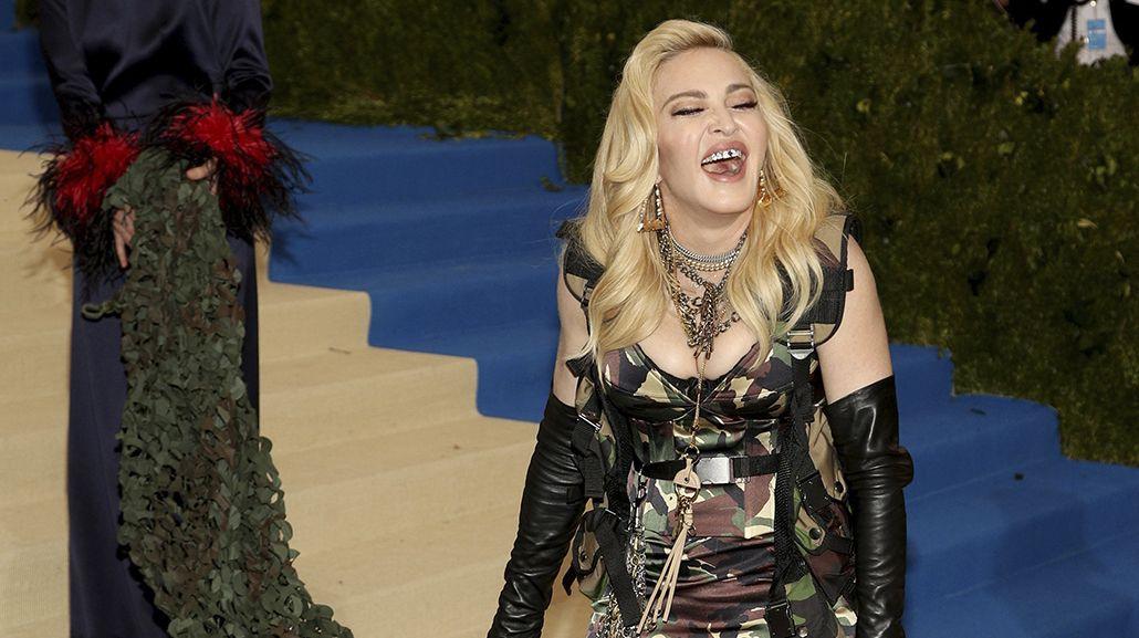 El look de Madonna en el MET