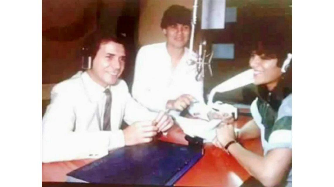 El audio del debut de Tinelli en la radio en 1981.