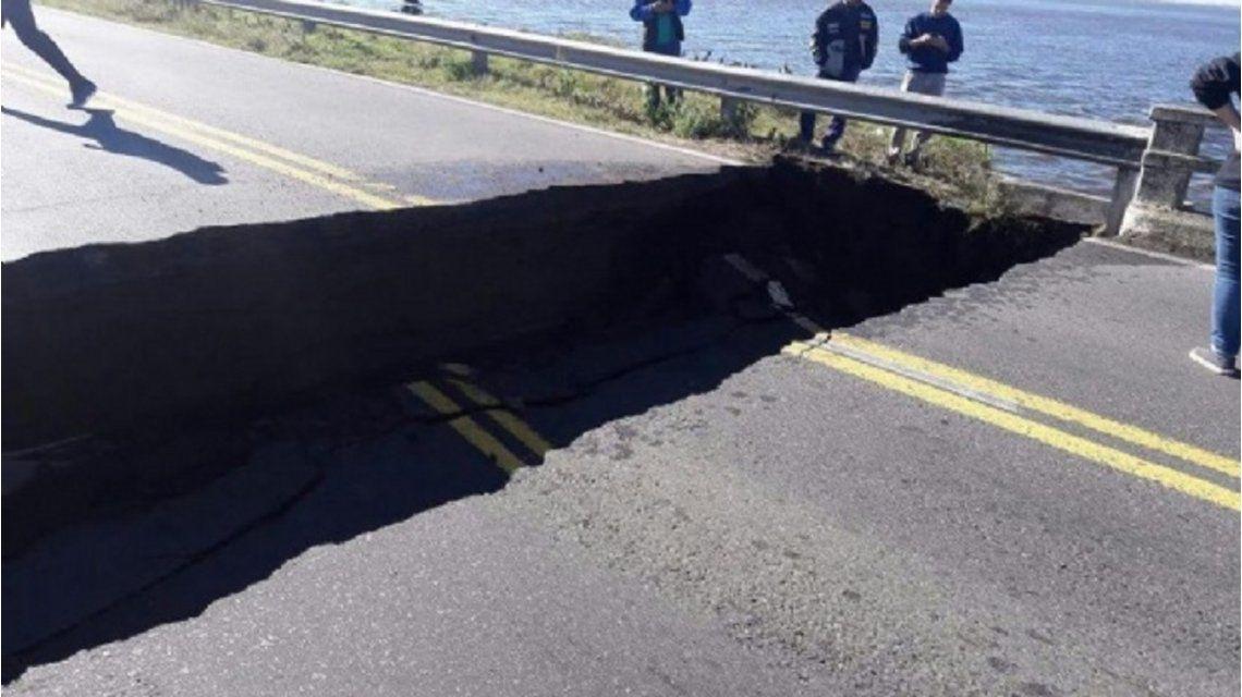 Se derrumbó un tramo del Puente de Lincoln y quedó cortada la ruta 188