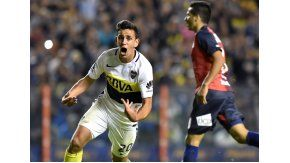 El joven Maroni festeja su gol