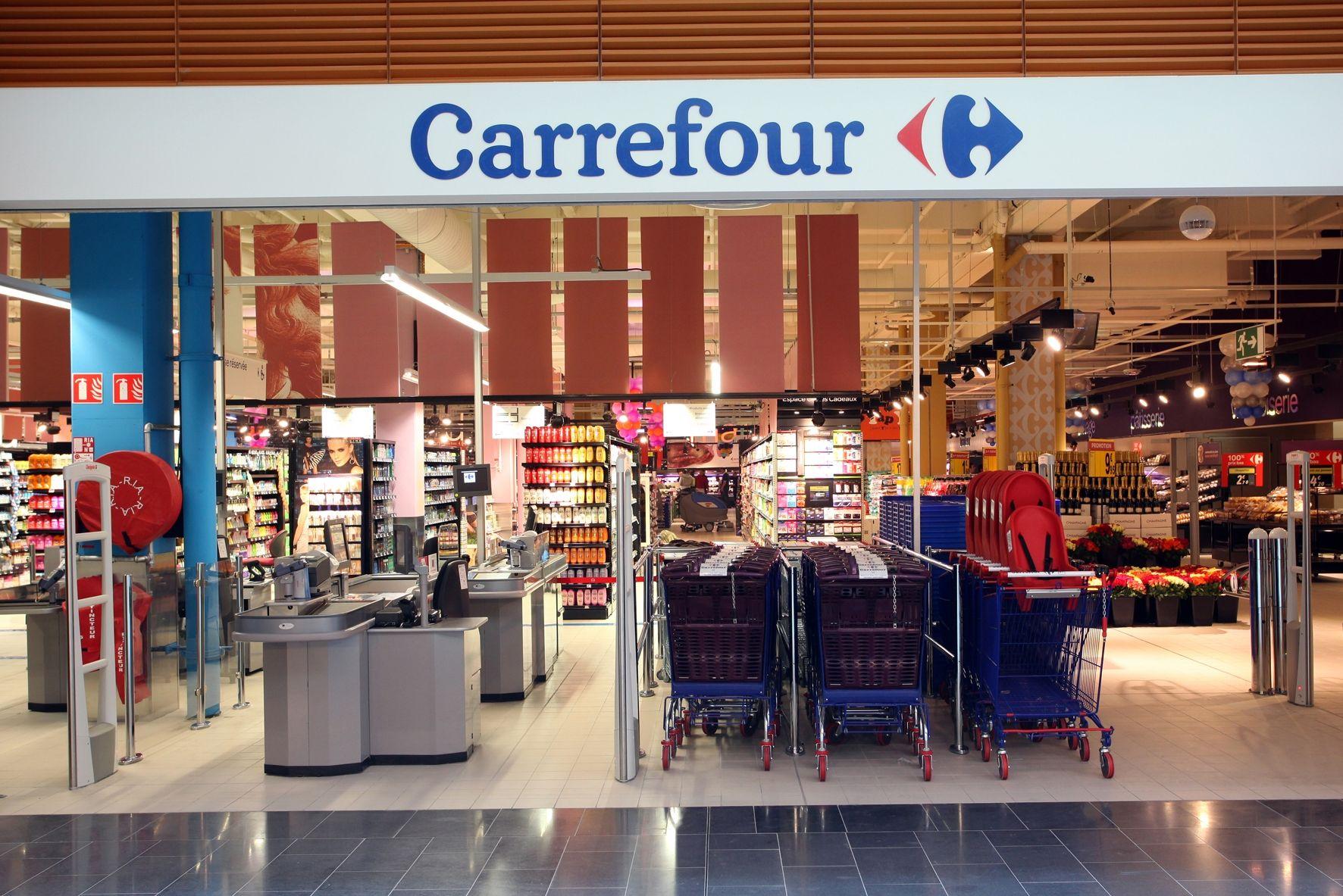 Hubo acuerdo y Carrefour hará retiros voluntarios al 150% en todo el país
